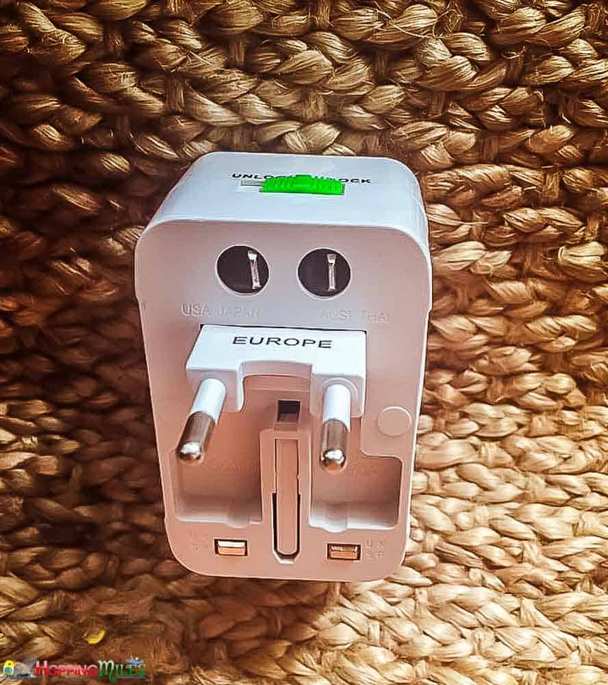 Iceland power adaptor